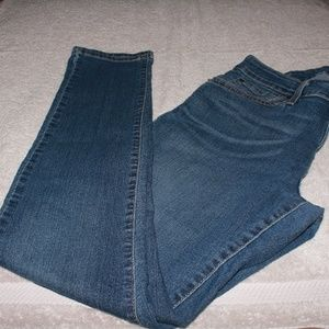 Levis Modern Skinny Jeans